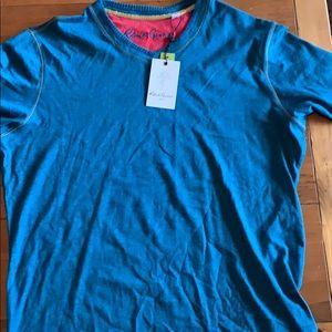 Robert Graham T shirt